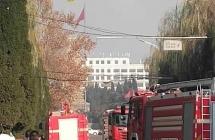 惊险!莱芜区、钢城区一天内发生两起火灾,现场浓烟滚滚,消防紧急救援!