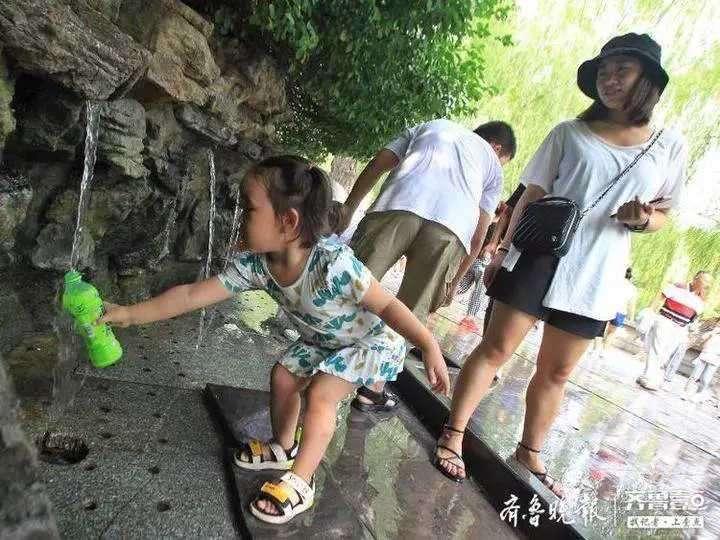 济南黑虎泉取水点关闭54天后重新开放取水!