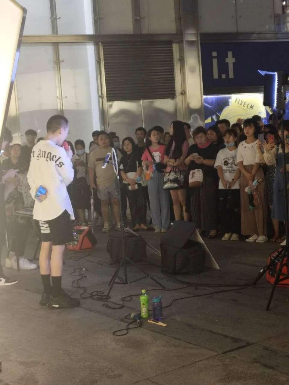 济南市首批街头艺人开始招募!来吧!展示!