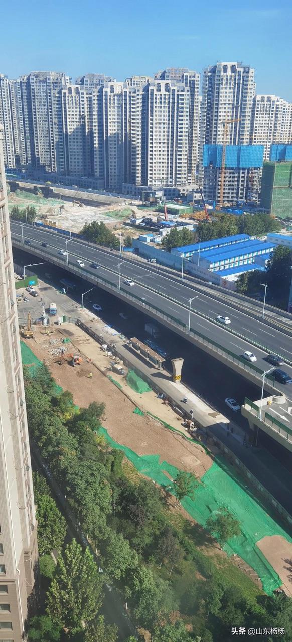 济南二环东路高架桥将军路口开建