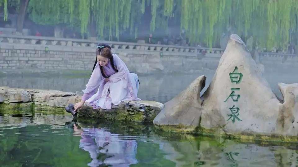 """泉群取水仪式首次用上""""快递小哥"""""""