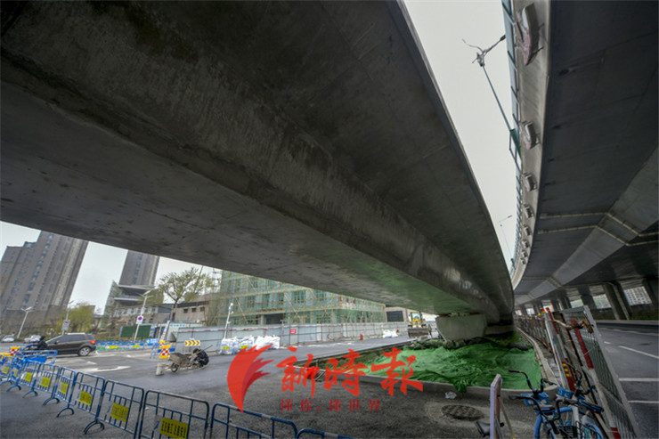 济南二环东高架将军路上桥匝道和桥下道路优化加宽,距离通车不远了...